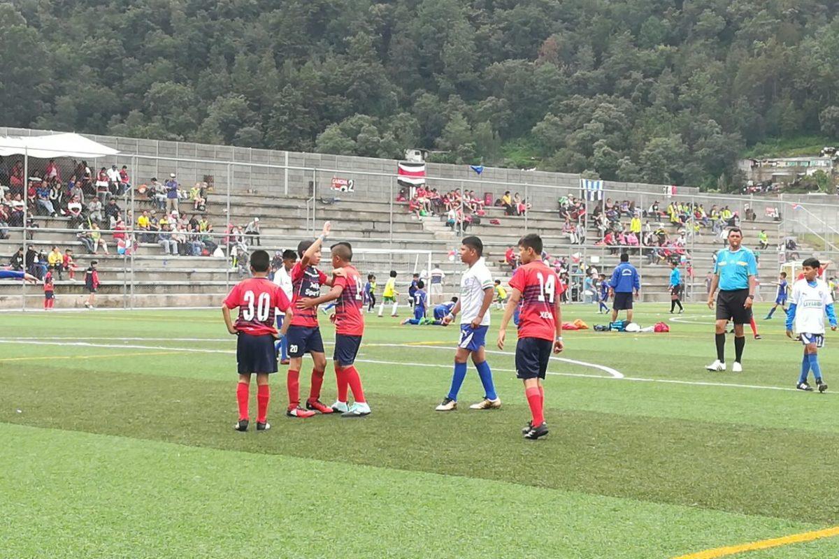 Campeonato reúne equipos nacionales e internacionales