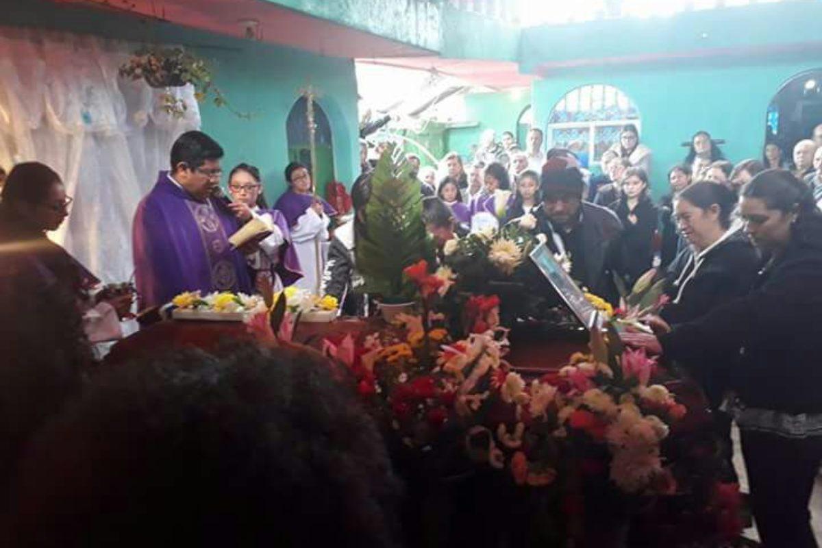 Dan último adiós a quetzalteco que falleció en busca del sueño americano
