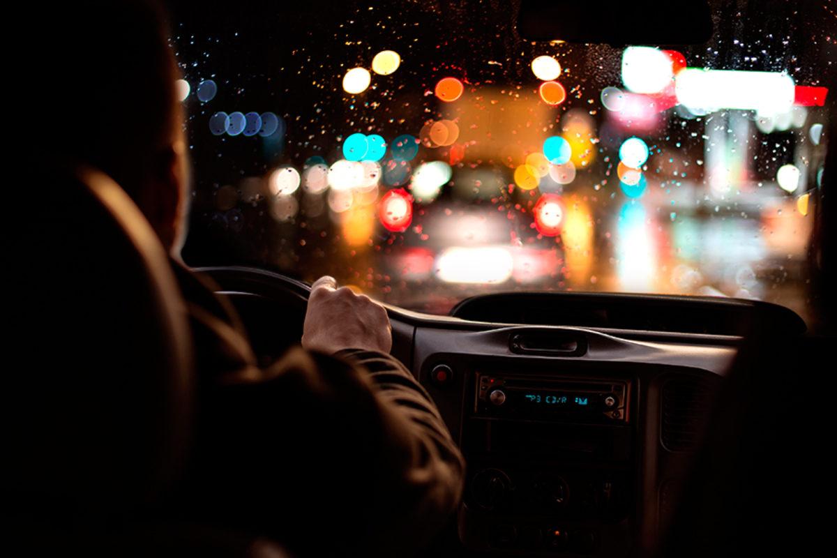 Precaución al conducir en fin de año