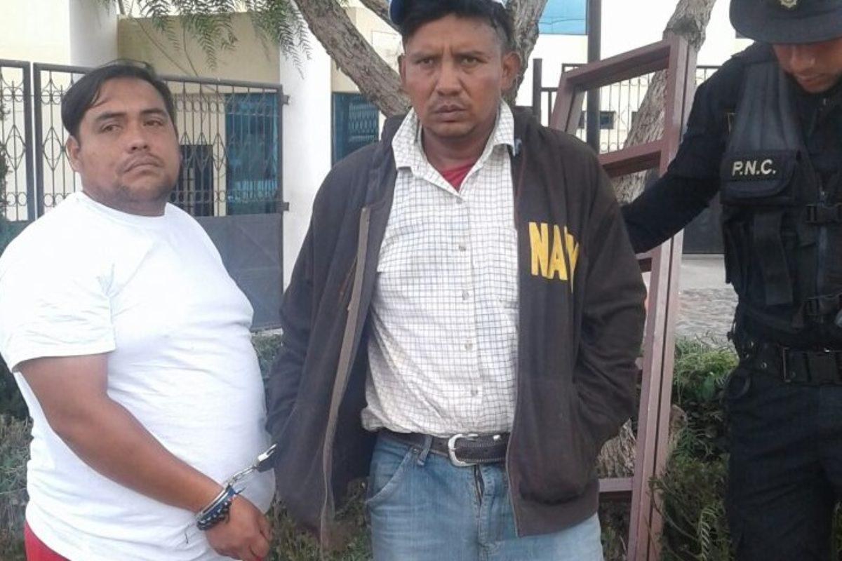 Supuestos ladrones huían en taxi