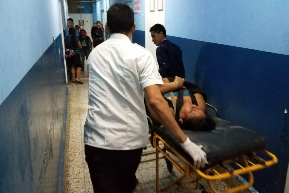 Cuatro heridos en accidente vial
