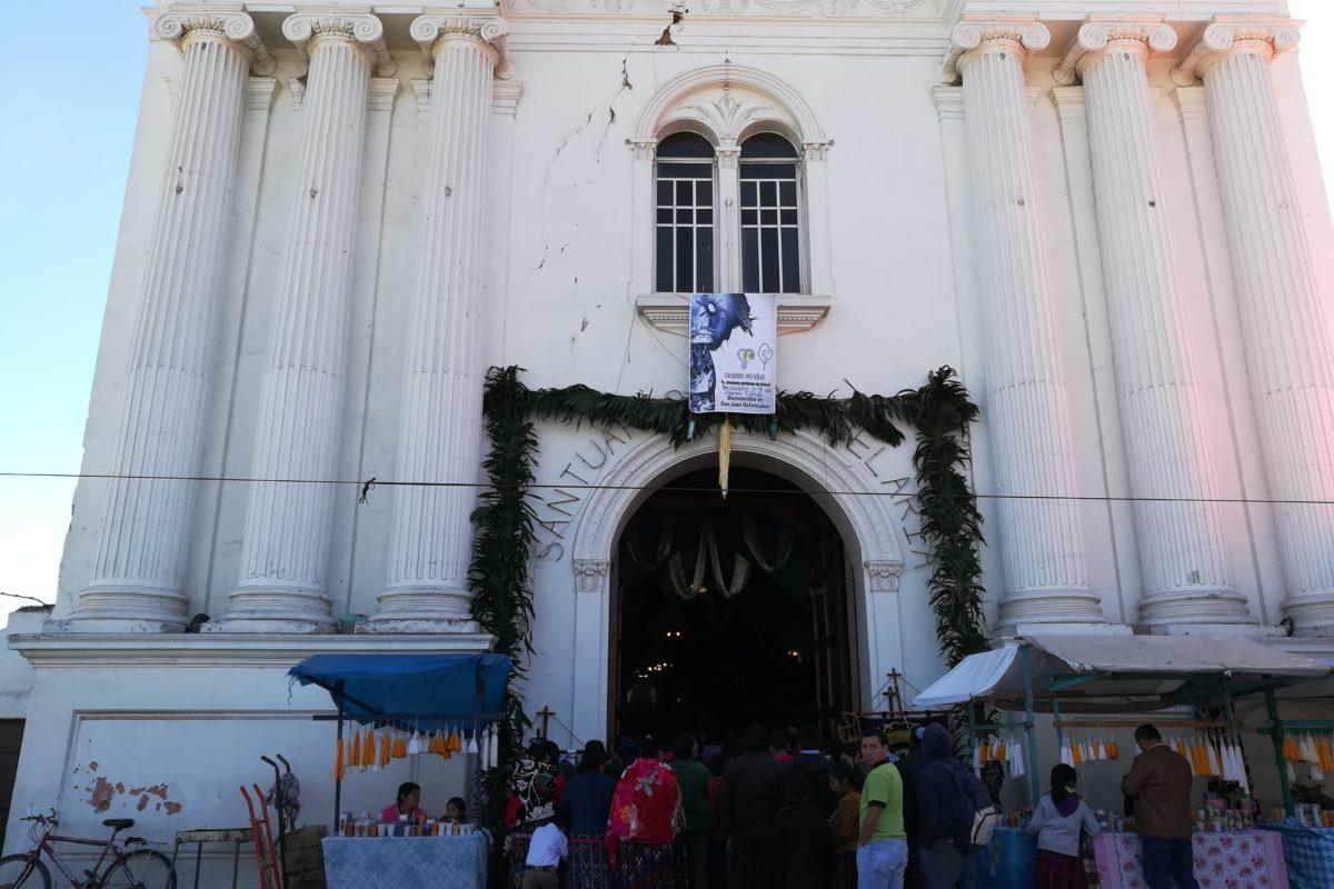 Celebran en el Santuario de Candelaria