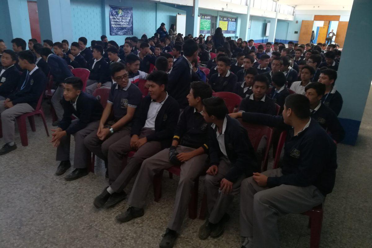 Seis mil alumnos no culminaron estudios