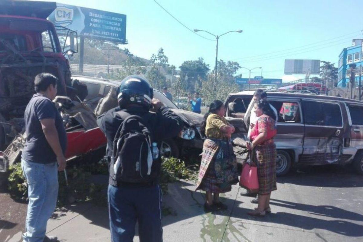Mujer resulta herida en accidente de tránsito en la ruta Interamericana