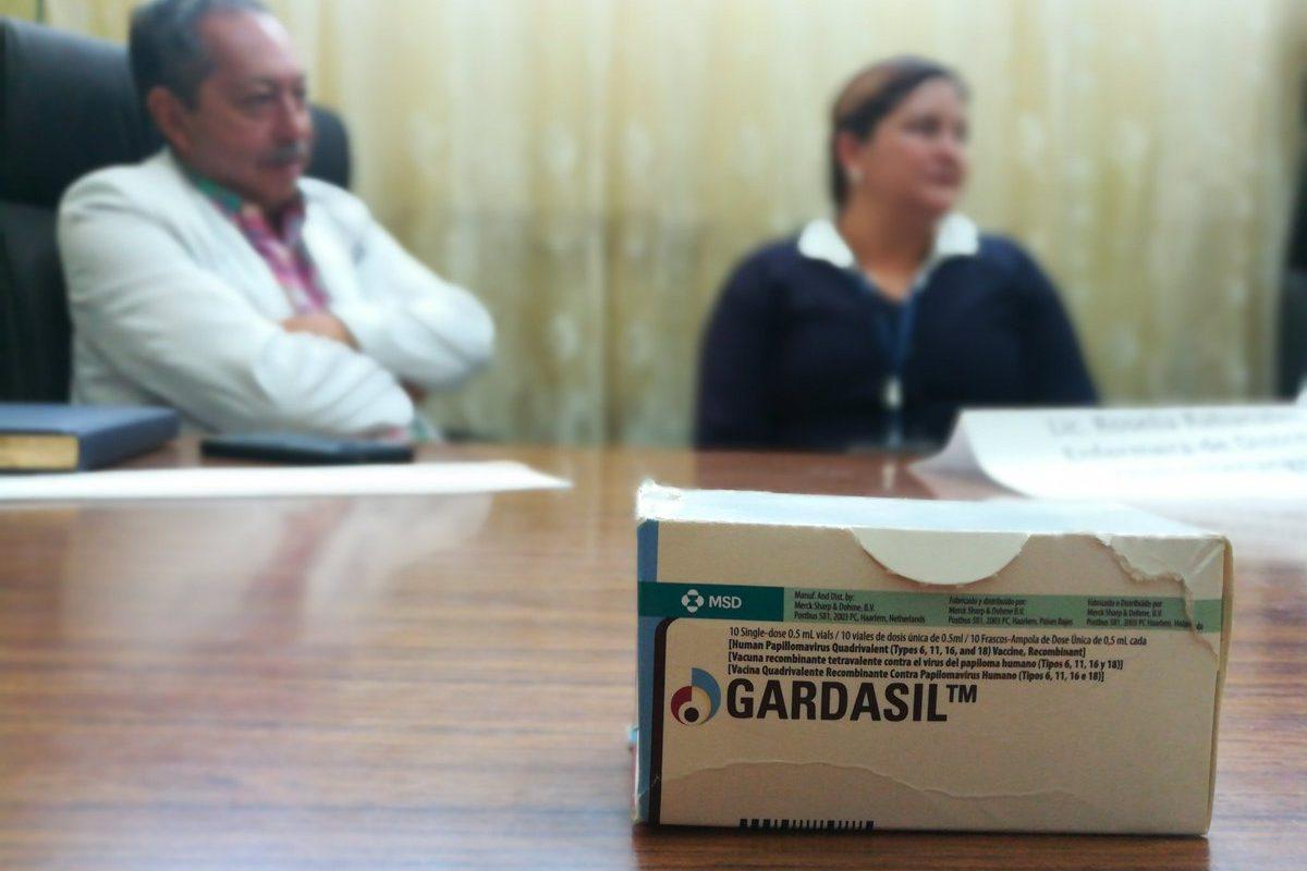 Señalan mal manejo de información sobre campaña de vacunación