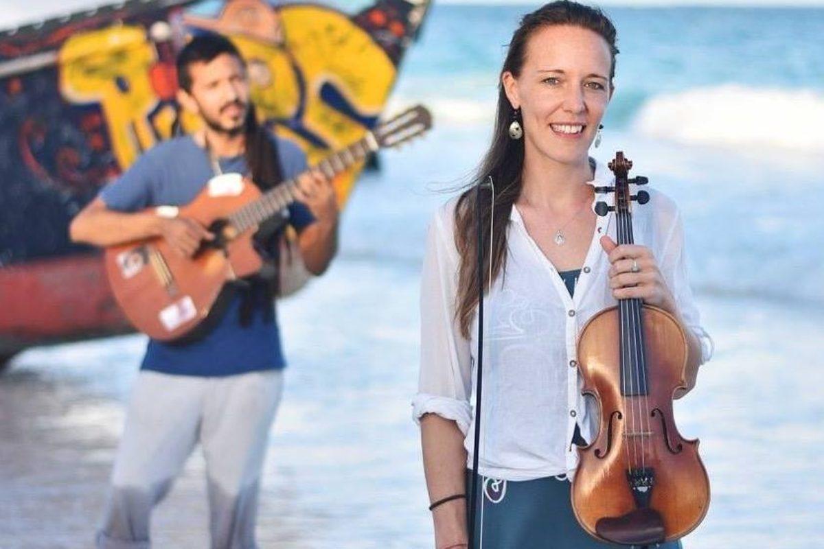 Viajan por el mundo promoviendo el folclore argentino