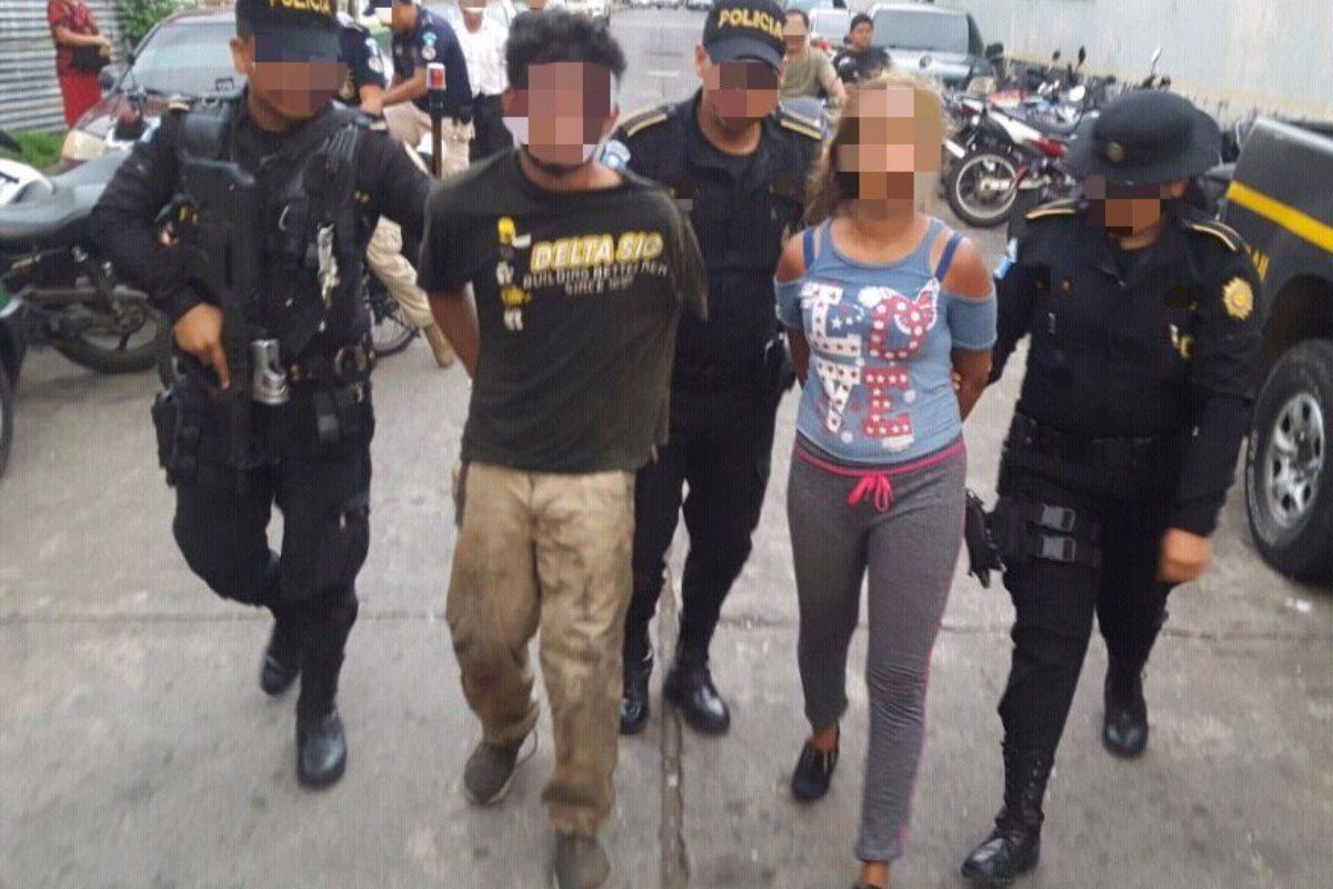 Detenida por robo estaría implicada en ataque a bus en Xela