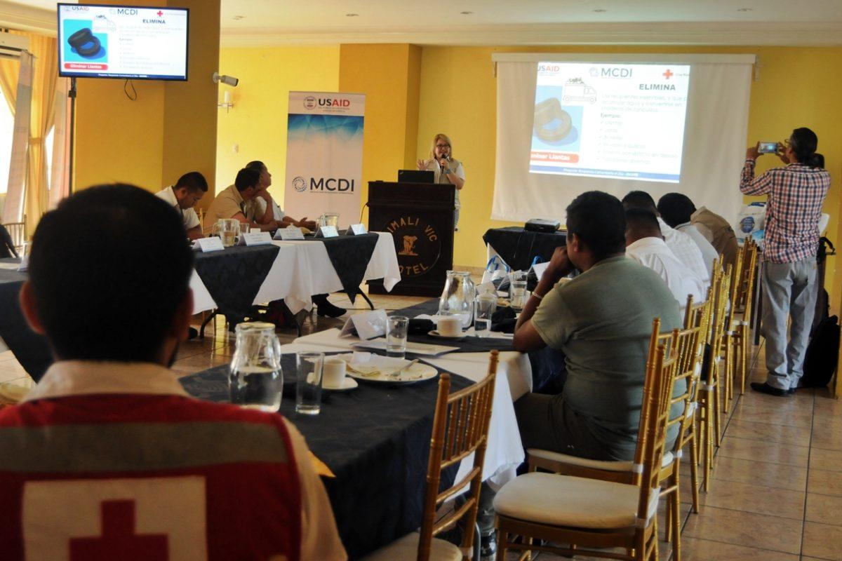 """Programa """"Velita"""" busca evitar casos de zika, dengue y chikungunya"""