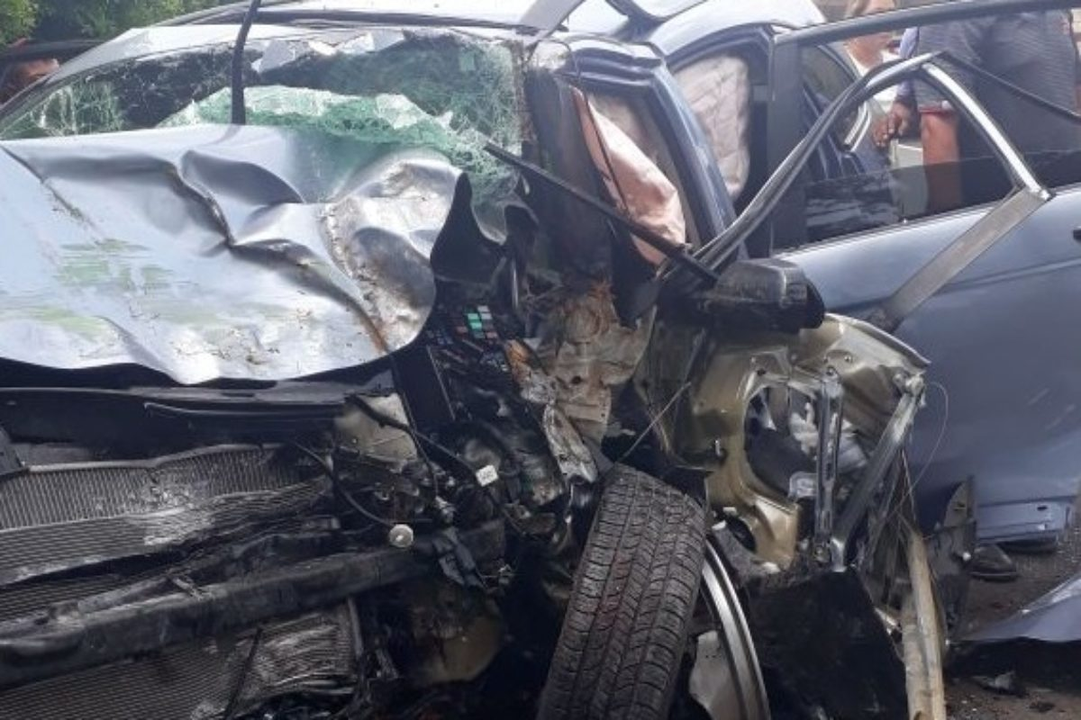 "<span class=""hot"">Tendencia <i class=""fa fa-bolt""></i></span> Familia muere en accidente"