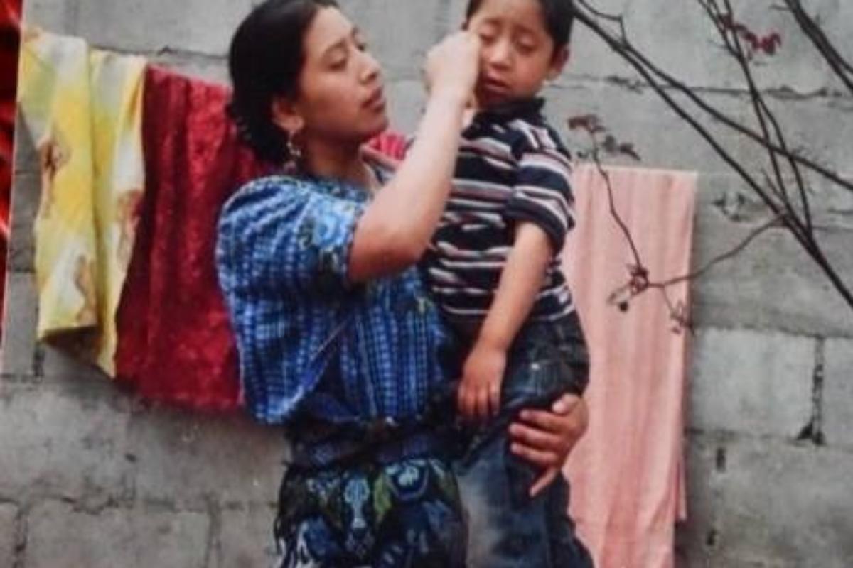 Angustia en Zunil: madre e hijo fueron separados en EE. UU.