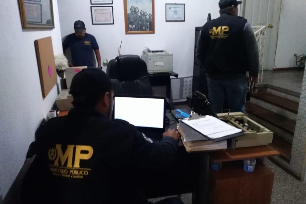 Realizan allanamientos en la comuna capitalina e investigan caso de ciberadopciones