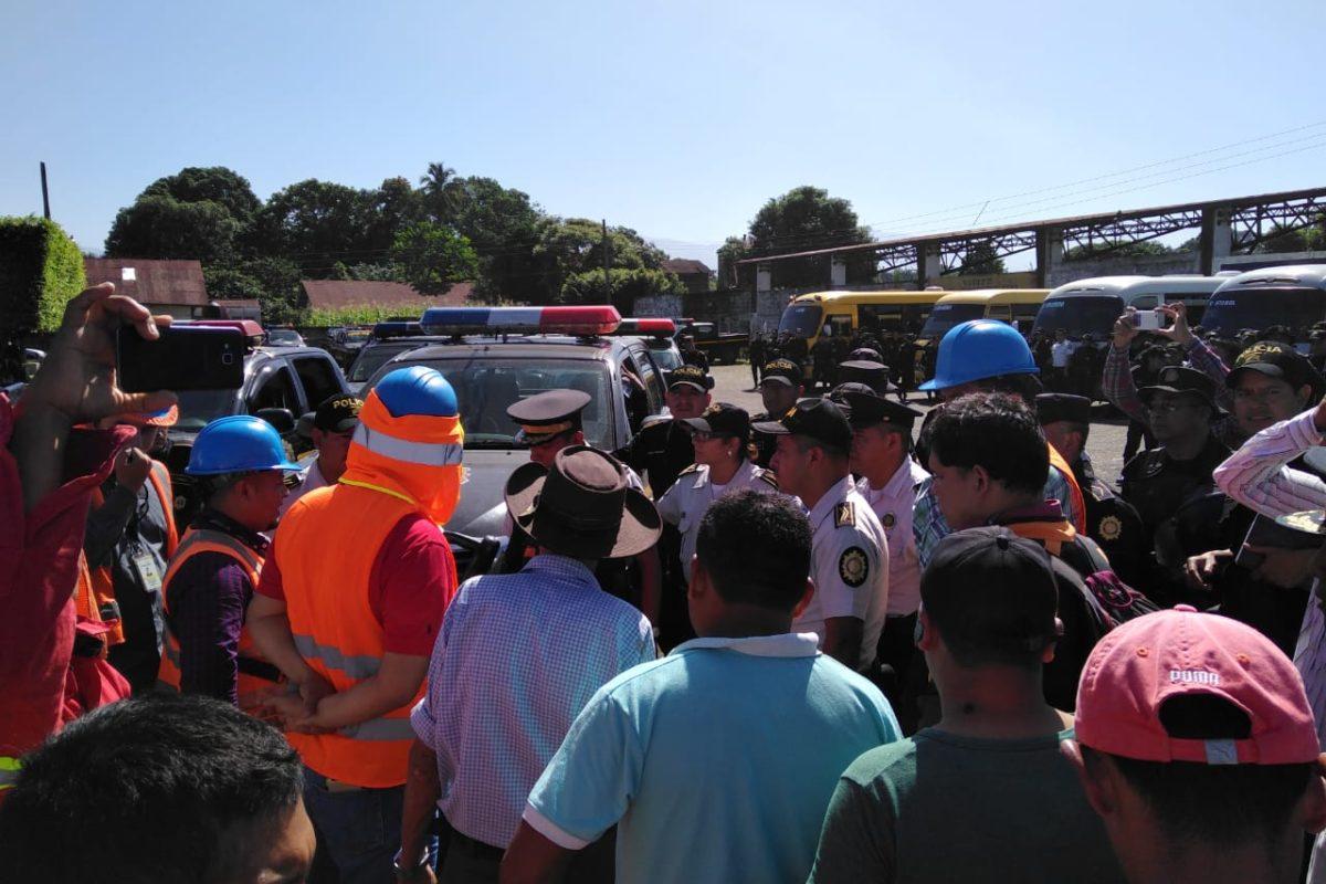 Continuarán diálogo para restablecer servicio en todos los sectores de Coatepeque