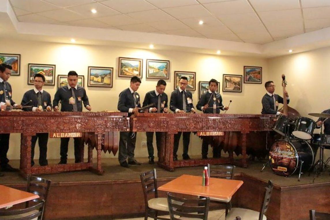 Albamar: el lugar ideal para disfrutar música navideña en familia