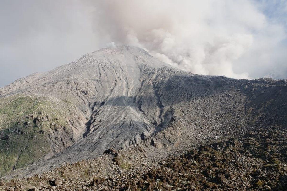 Mantienen restricción de ascenso al volcán Santiaguito