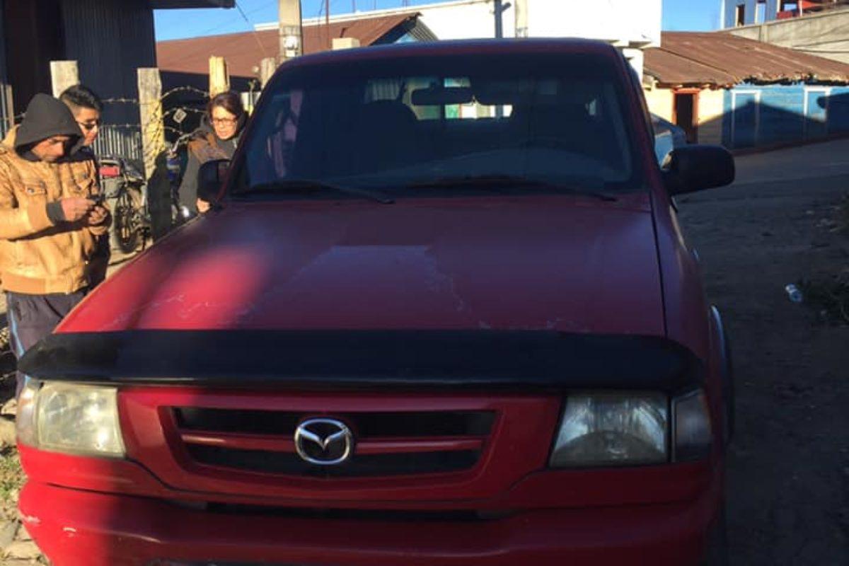 Familia quetzalteca recupera su vehículo robado en San Marcos
