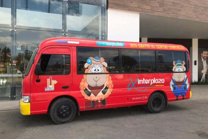 Primer centro comercial de Xela que ofrece transporte público gratuito