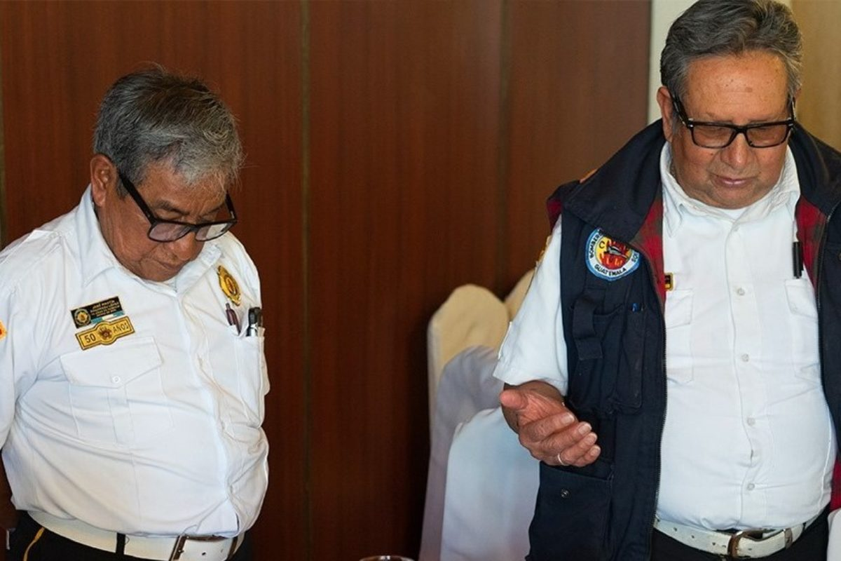 Albamar reconoce el servicio de los bomberos voluntarios