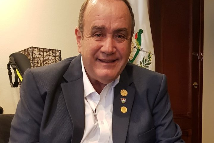 Diez frases del presidente electo Alejandro Giammattei