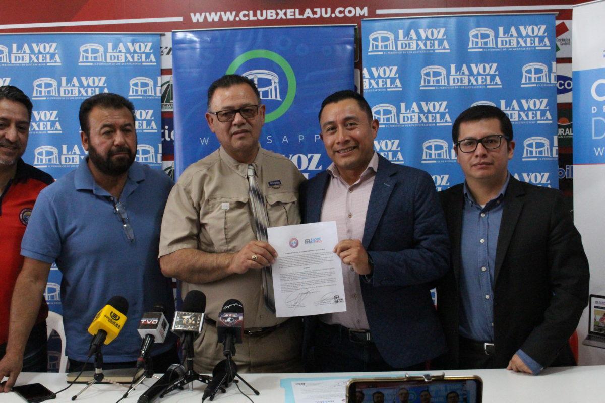 La Voz de Xela y Xelajú MC firman alianza estratégica