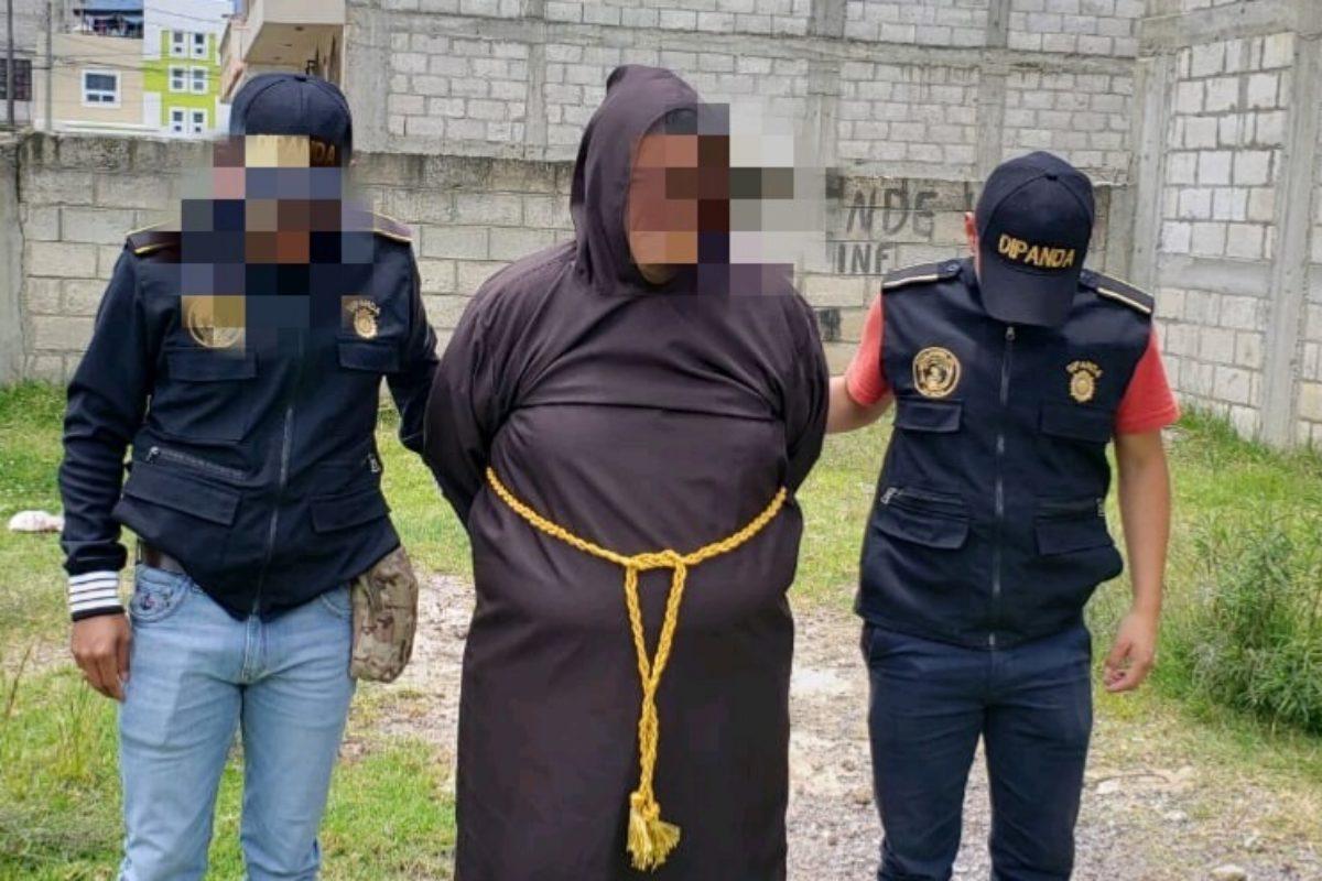 Falso monje usaba atuendo para evadir a la Policía