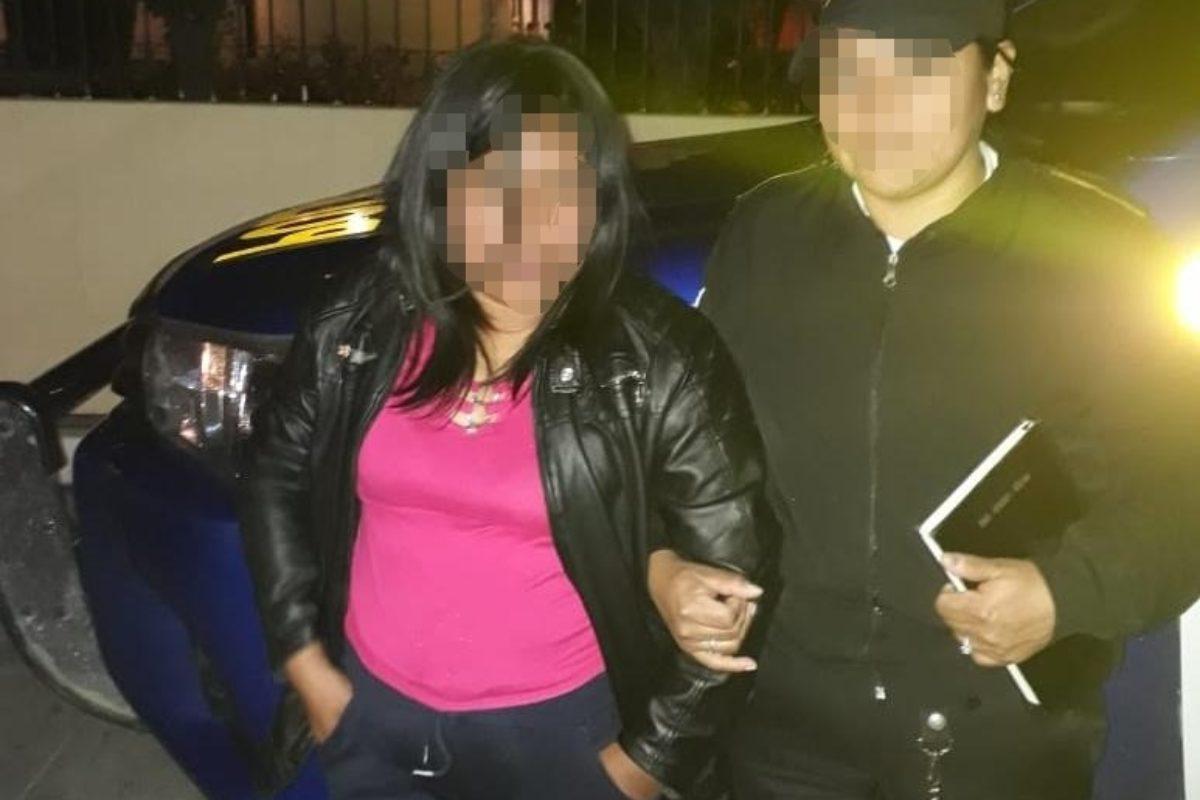 Matan a hombre con arma blanca; capturan a su esposa, principal sospechosa