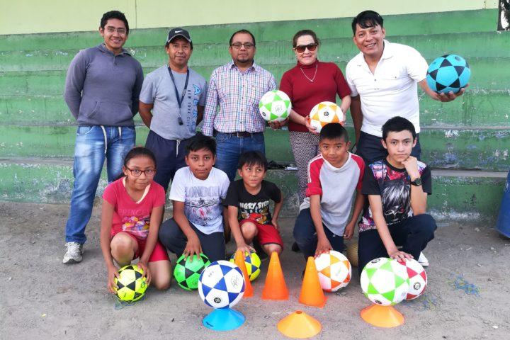 Cocode de la colonia Minerva abre escuela gratuita de futbol