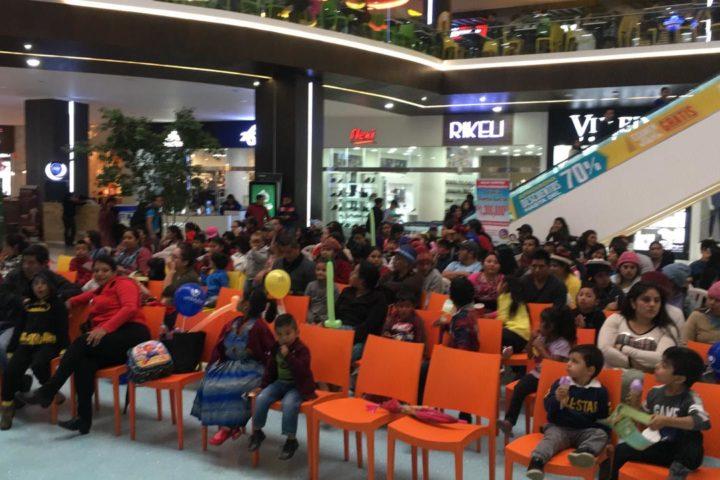 Piñatas, sorpresas y show para niños
