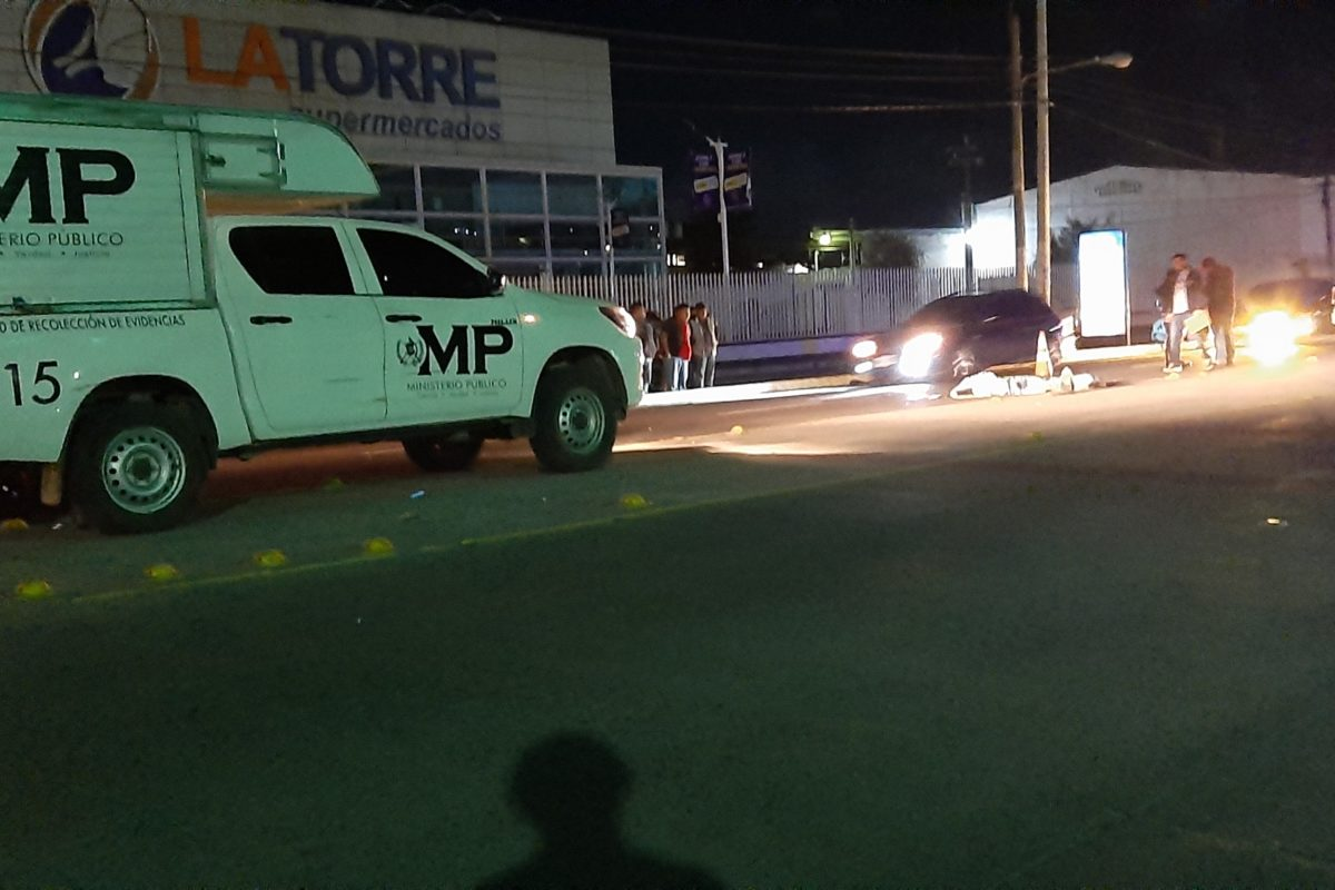 Taxista muere atropellado en la zona 2 de Xela