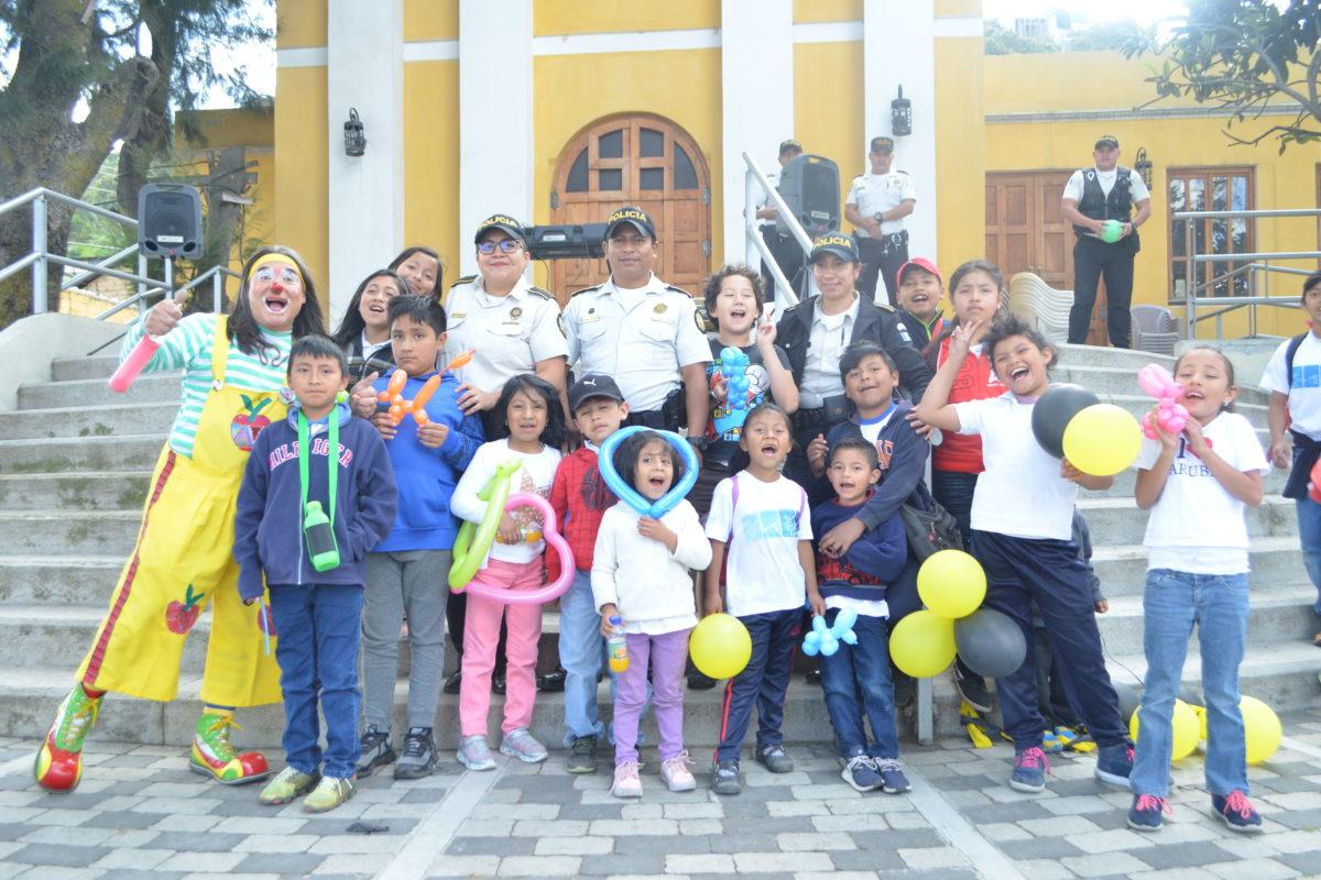 Policía Nacional Civil lanza su escuela vacacional