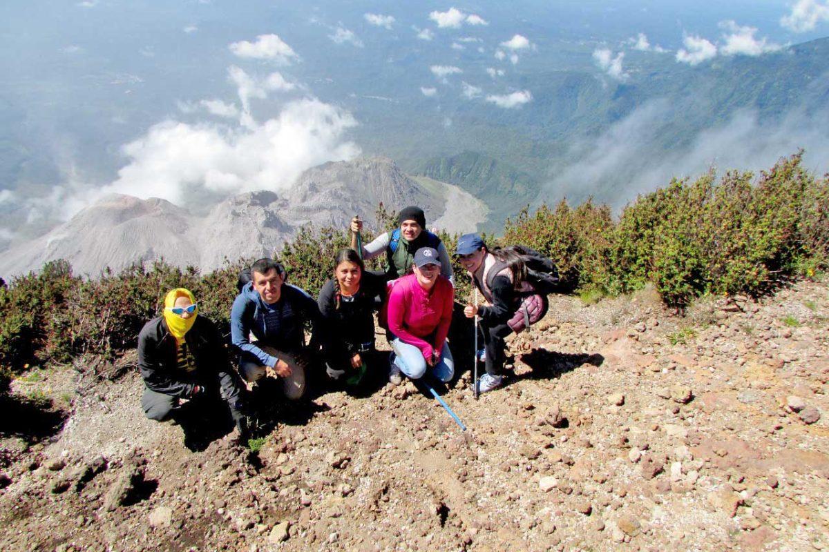 La experiencia de subir al volcán Santa María en época de fin de año