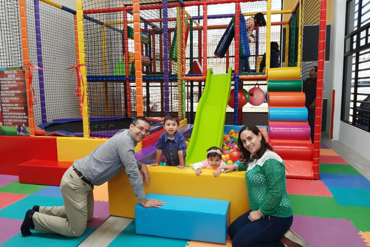 Abren juegos infantiles en zona 8 de Xela