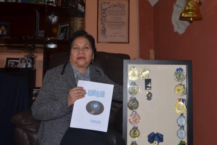 Gana Juegos Florales en Teculután y suma 41 premios en certámenes literarios