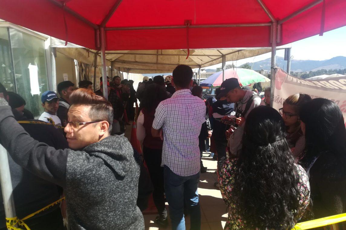 Mil personas tramitan antecedentes policiacos a diario en Xela