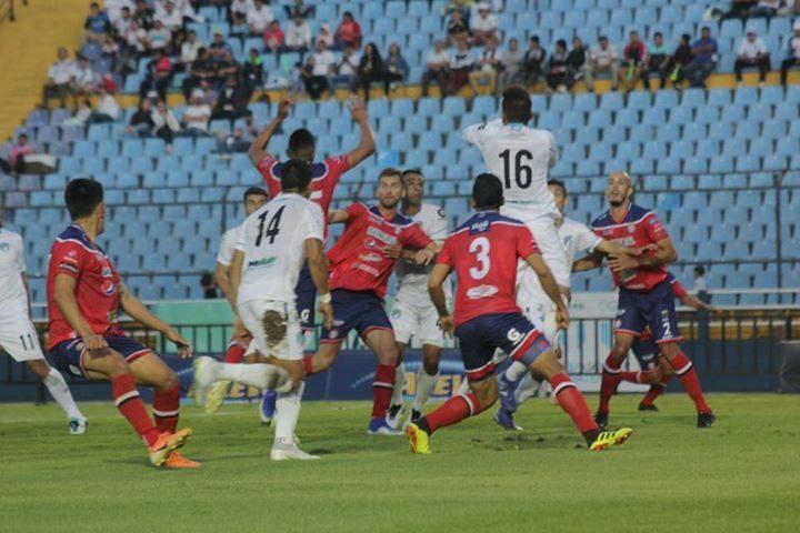 Xela debuta con derrota por la mínima