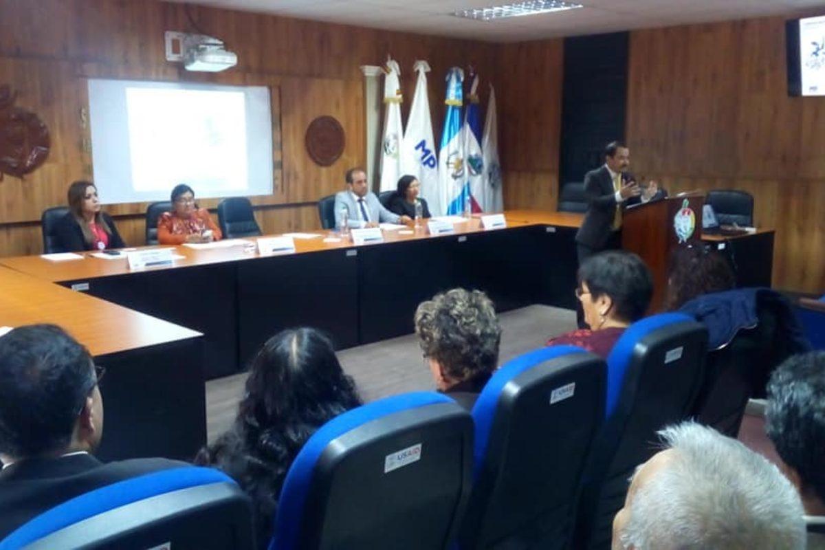 Ministerio Público inaugura diplomado en Xela