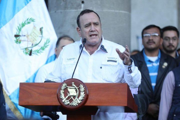 Presidente Giammattei anuncia cambios en la Granja Penal Cantel