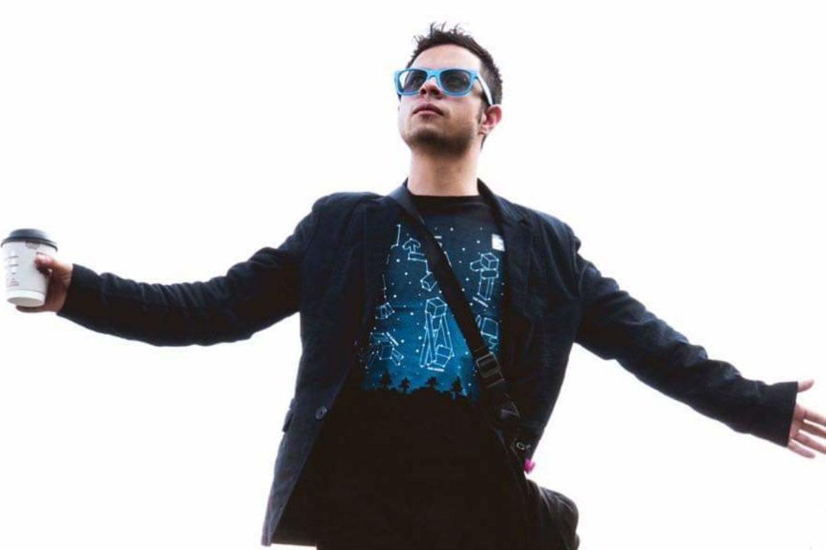 Quetzalteco dirige rodaje del nuevo video musical de Bohemia Suburbana
