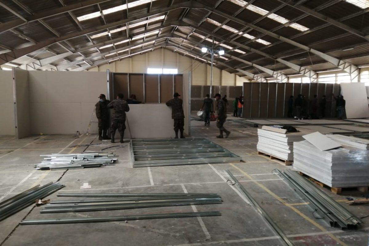 Continúan construcción de hospital provisional en Cefemerq