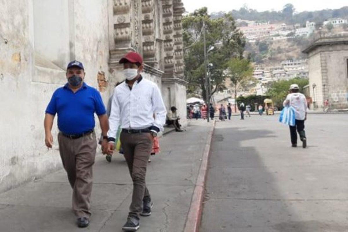 ¿En qué posición se encuentra Quetzaltenango de contagios Covid-19 en el país?