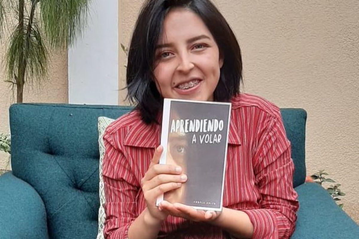 Escritora Angela Orozco lanza «Aprendiendo a Volar»