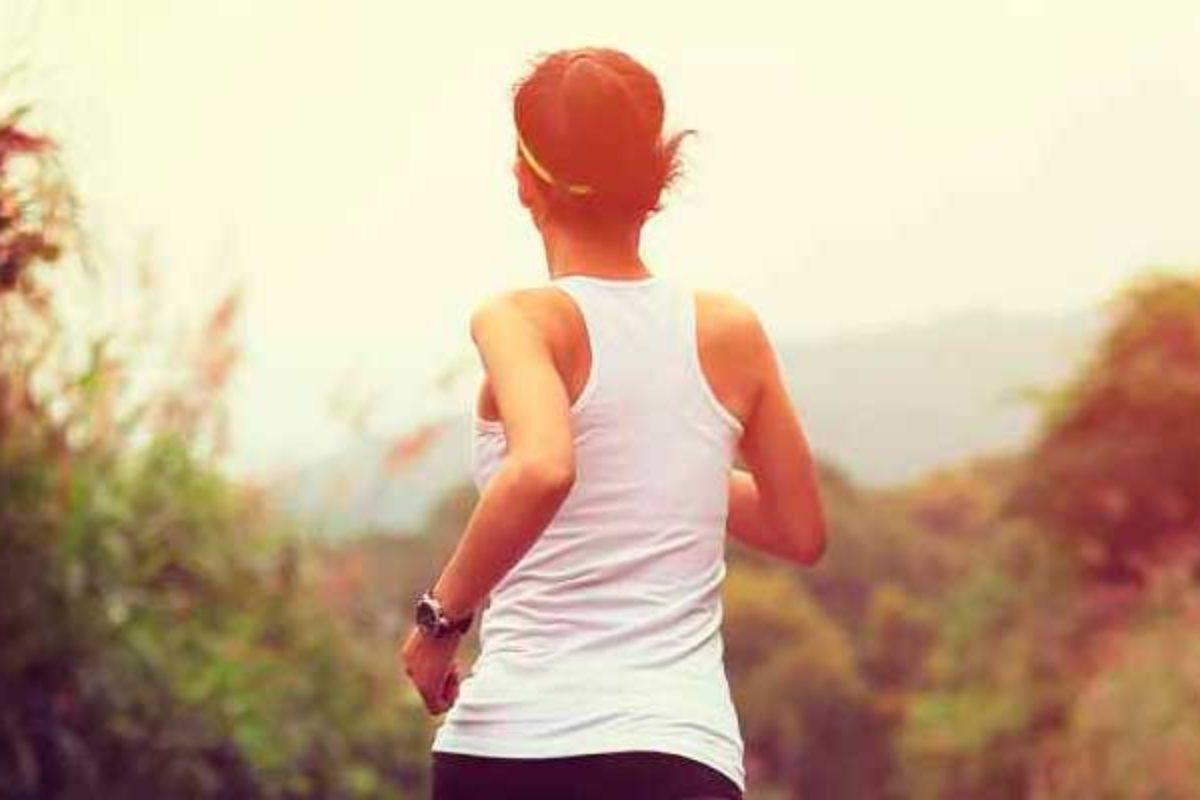 Estudio | Hacer ejercicio genera más felicidad que tener dinero