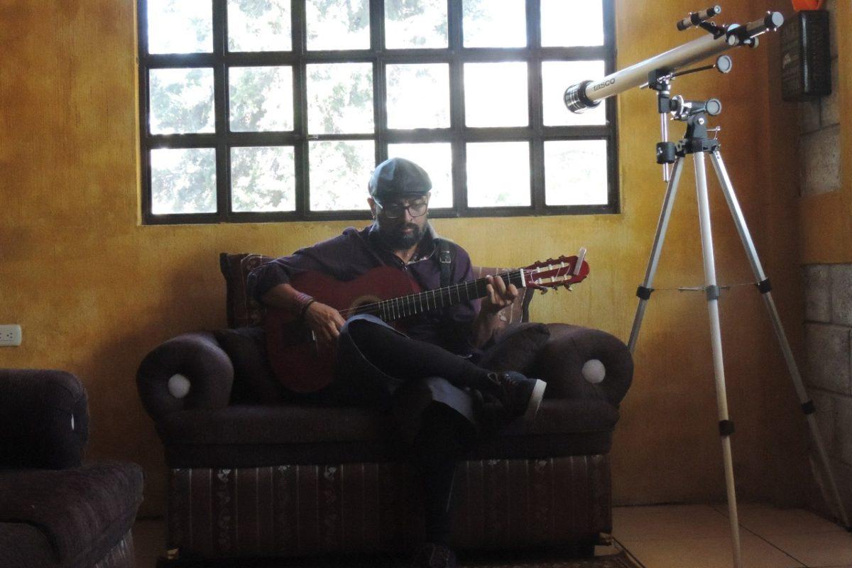 Paco Castillo canta para la conciencia