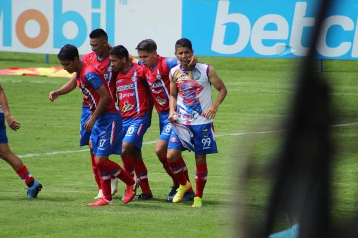 Xelajú MC lidera el Grupo A del Apertura