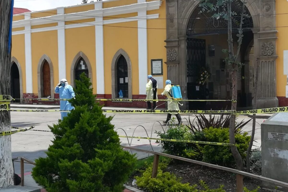 Administrador del Cementerio pide que ya no existan más aglomeraciones al despedir a fallecidos