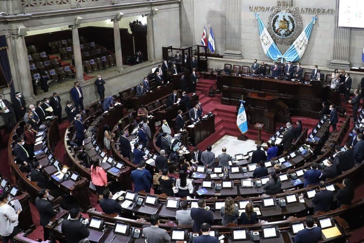 Seis diputados quetzaltecos votaron a favor del presupuesto 2021