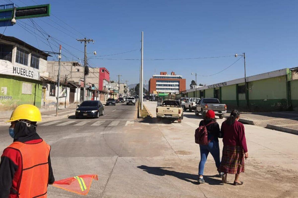 ATIENDE | Habilitan paso en calle donde trabajaba la Muni