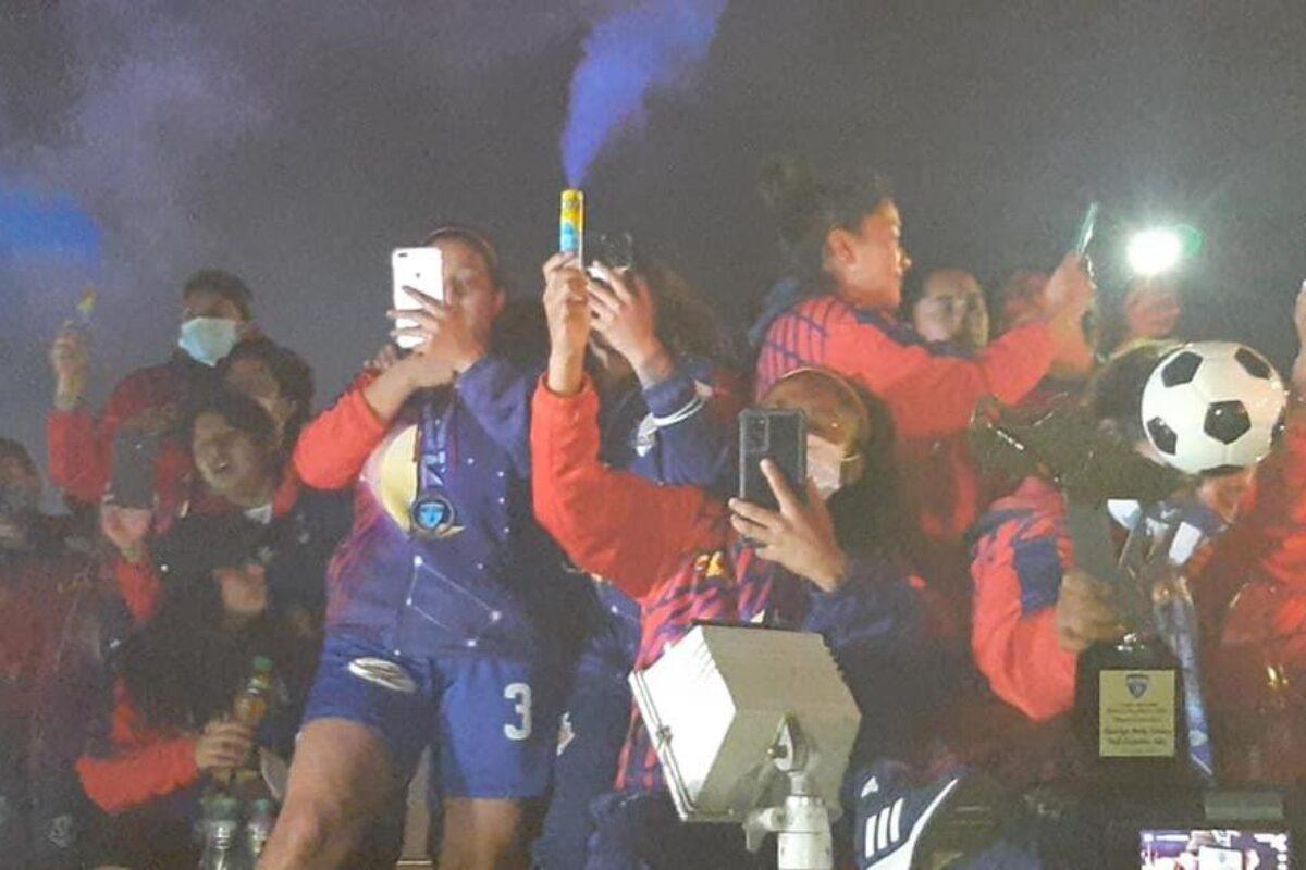 Deportivo Xela: las reinas y campeonas del futbol femenino celebran en su tierra