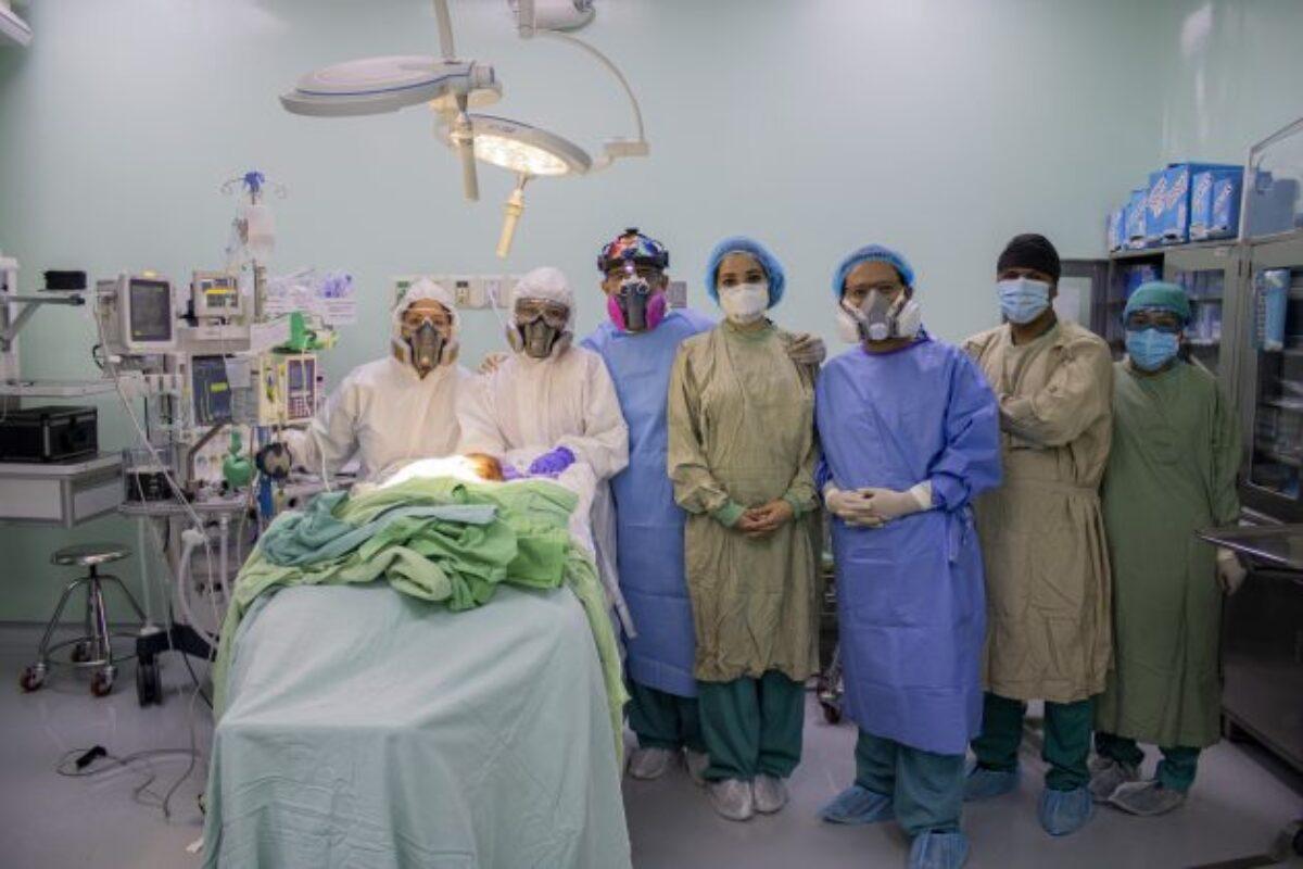 Xela: Salvan a bebé de siete meses tras cirugía de conducto arterioso