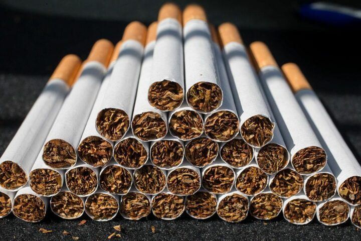 Consumo de tabaco disminuyó en 2020
