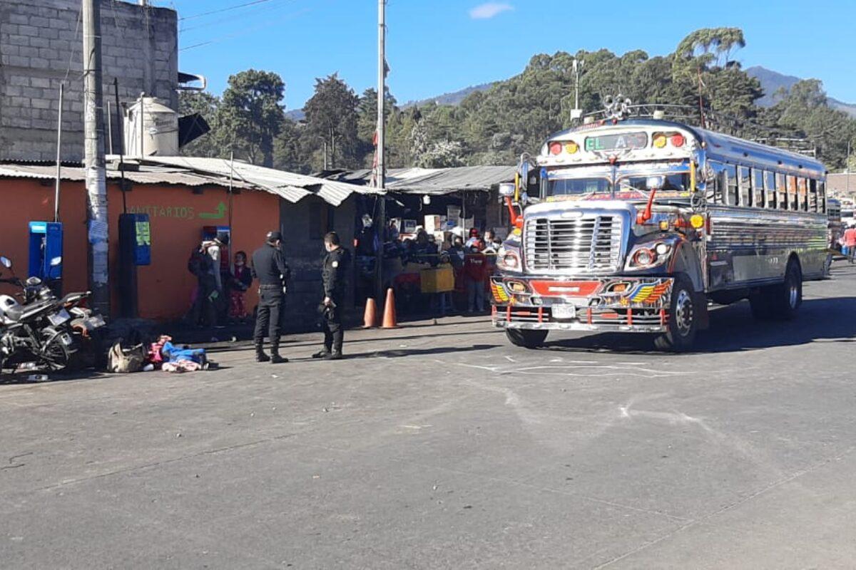 Muere gemela de cinco años: arrollada por una camioneta en la terminal Minerva